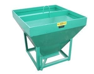 Grizzly 800 lbs gravel hoisting bucket